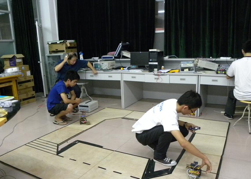 实验实践,科学研究和发明创造的初步训练,提高人才培养过程中实践环