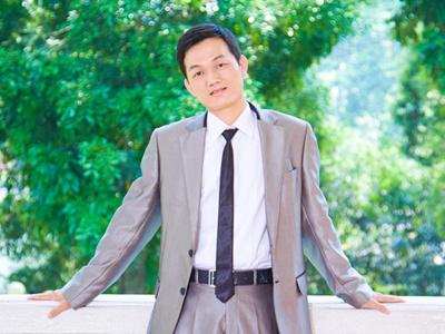 金融学院 辅导员 陈敬宗