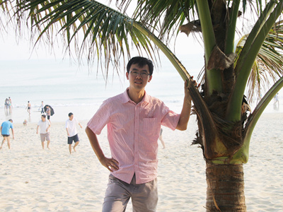 电子商务学院 辅导员 胡岩