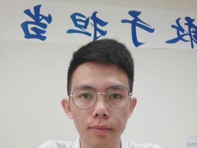 会计学院 辅导员 张振华
